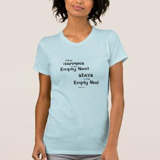 Camiseta Qué sucede en la jerarquía vacía