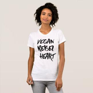 Camiseta rebelde del corazón del vegano