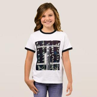 Camiseta Ringer Pájaros que se encaraman en los alambres: fantasía