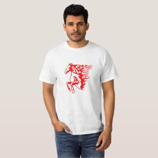 Camiseta roja del caballo de la llama