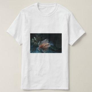 Camiseta roja del Lionfish