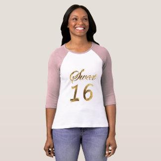 Camiseta Rosa del dulce 16 y tipografía de la mirada del