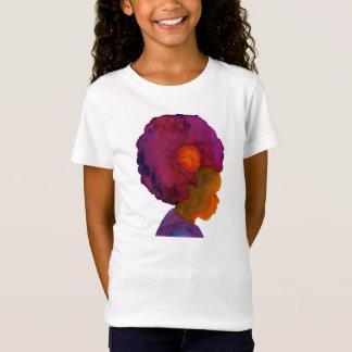 Camiseta rosada multicultural de los chicas de la