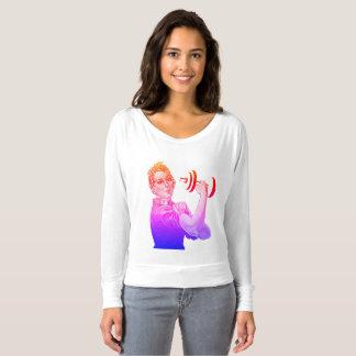 Camiseta Rosie el levantador del poder en arco iris