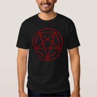 Camiseta satánica roja descolorada del símbolo del