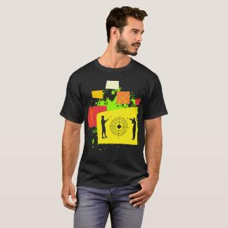 Camiseta Si miro tirar de pensamiento interesado al aire