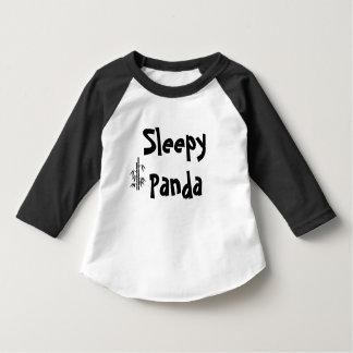 Camiseta soñolienta de la panda