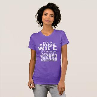 Camiseta Soy la ESPOSA del EMPLEADO DE CORREOS ORGULLOSO