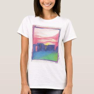 Camiseta Stonehenge primero protagoniza arte por el jrr