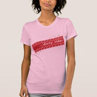 Camiseta sucia del jinete de las señoras