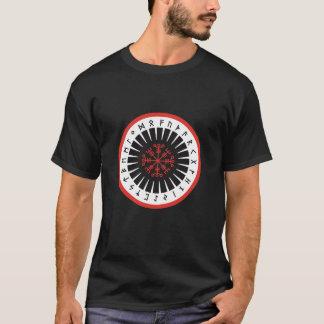 Camiseta t negro, un frente de levantamiento más calvo del