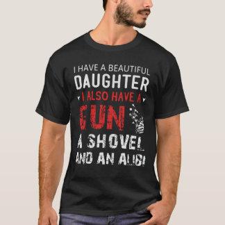 Camiseta Tengo una hija hermosa y un arma