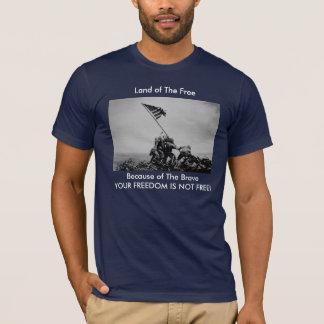 """Camiseta """"Tierra del libre, debido a"""" el Iwo Jima valiente"""