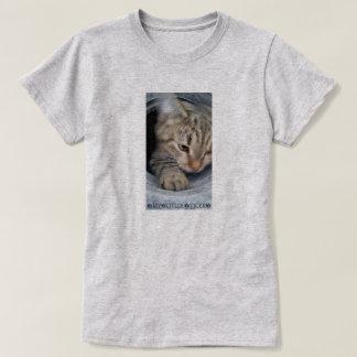 Camiseta tigre del amor de la caloría pequeño