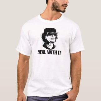 Camiseta TRATO CON ÉL por GADAFFI