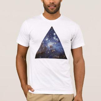 Camiseta triángulo del espacio del inconformista