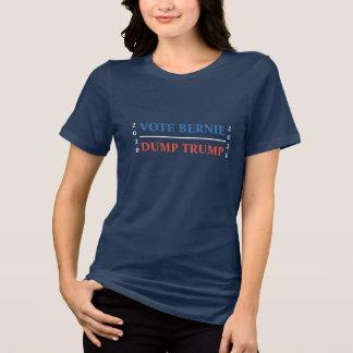 Camiseta Triunfo de la descarga de Bernie del voto