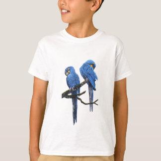 Camiseta Un par de Macaws azules brillantes del jacinto