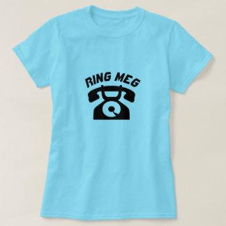 Camiseta Un teléfono viejo con el anillo megohmio del texto