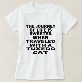 Camiseta Viajado con el gato del smoking