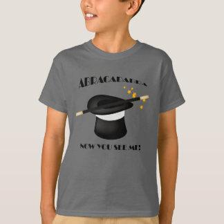 Camiseta visible del mago mágico de la abracadabra