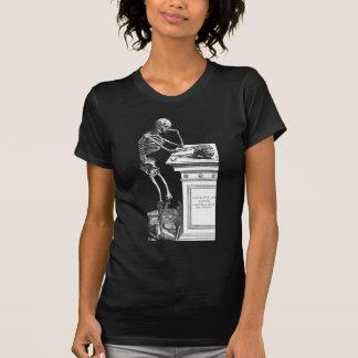 Camiseta Vivitur Ingenio - esqueleto