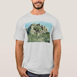 Camiseta Yuca, roca estriada detrás