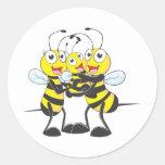 Camisetas de encargo: Camisetas feliz de la abeja Pegatinas Redondas