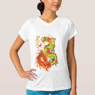 Camisetas del dragón y del símbolo del Año Nuevo