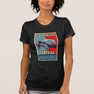 Camisetas en peligro del arte pop de la tortuga de