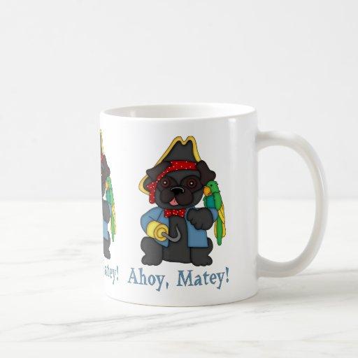 Camisetas negras adorables del traje del pirata de tazas de café