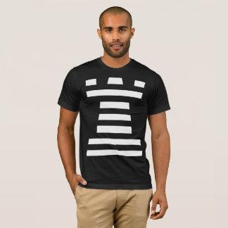 Camisetas negras de ChessME con el grajo blanco