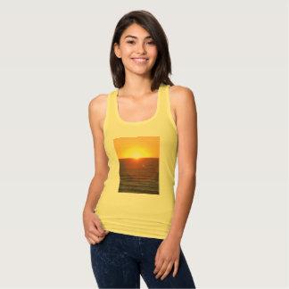 Camisetas sin mangas de la impresión de la puesta