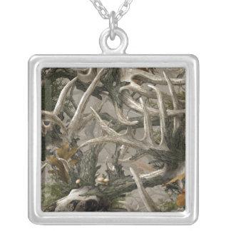 Camo del cráneo de los ciervos de la selva virgen grimpola personalizada