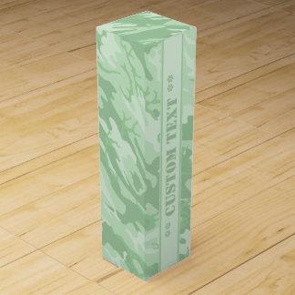 Camo verde claro con el texto de encargo caja para vino