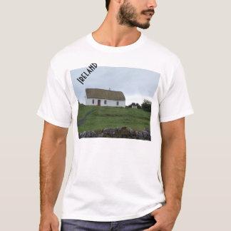Campo irlandés en la camisa de Irlanda