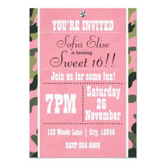 Camuflaje de Camo y invitación rosada de la fiesta