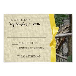 Camuflaje del árbol y respuesta amarilla del arco invitación 8,9 x 12,7 cm