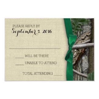 Camuflaje del árbol y respuesta verde del arco invitación