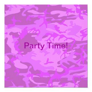 Camuflaje purpúreo claro invitación 13,3 cm x 13,3cm