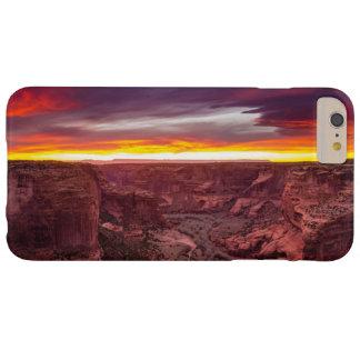 Canyon de Chelly, puesta del sol, Arizona Funda Barely There iPhone 6 Plus