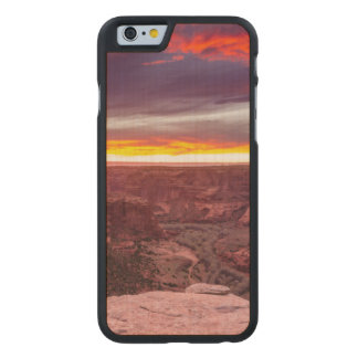 Canyon de Chelly, puesta del sol, Arizona Funda De iPhone 6 Carved® Slim De Arce
