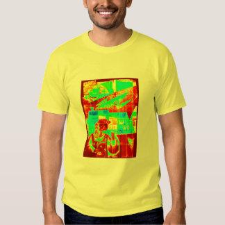 ¡Caos en rojo y verde! Camisas
