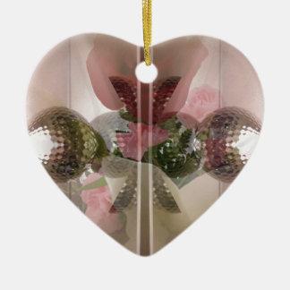 Capa rosa clara del botón de cristal moderno del adorno navideño de cerámica en forma de corazón