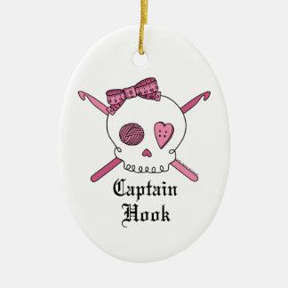 Capitán Hook Skull y ganchos de ganchillo (rosa) Ornamente De Reyes