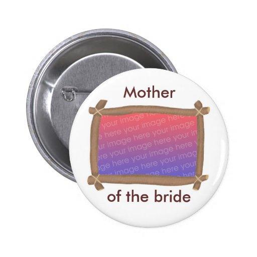Capítulo de la foto, madre de la novia, botón pin
