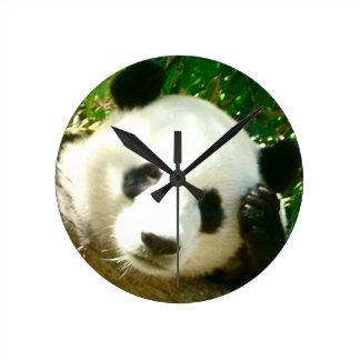 Cara de la panda reloj de pared