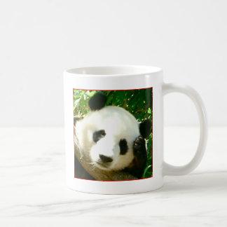 Cara de la panda taza básica blanca