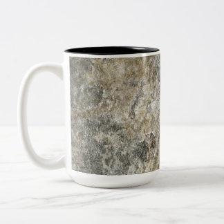 Cara de la roca taza de dos tonos