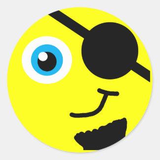 Cara del smiley del pirata etiquetas